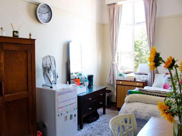 Bedroom-at-Villa-Maria